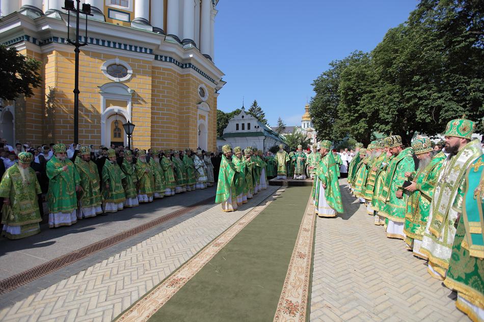 25 июня - Киев: Иерарх Русской Православной Церкви Заграницей принял участие в торжественном богослужении по случаю Дня тезоименитства Предстоятеля Украинской Православной Церкви