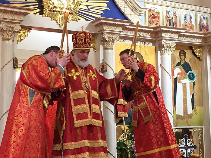 В праздник Рождества Иоанна Предтечи для Бруклинского собора были освящены 7 новых икон