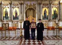 В год 100-летия преставления святителя Рафаила Бруклинского его святой образ передан в дар Антиохийскому собору Бруклина