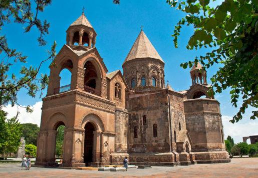 собор Эчмиадзин в Вагаршапате