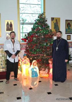 На Рождество наибольший храм Флориды посетил популярный российский певец Стас Михайлов