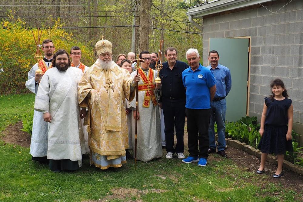 29 апреля – Магопак: Накануне памяти прп. Зосимы Митрополит Иларион возглавил богослужение в Новой Коренной Пустыни