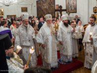 16 апреля – Нью-Йорк: Русские и сербские верующие впервые совместно встретили Пасху