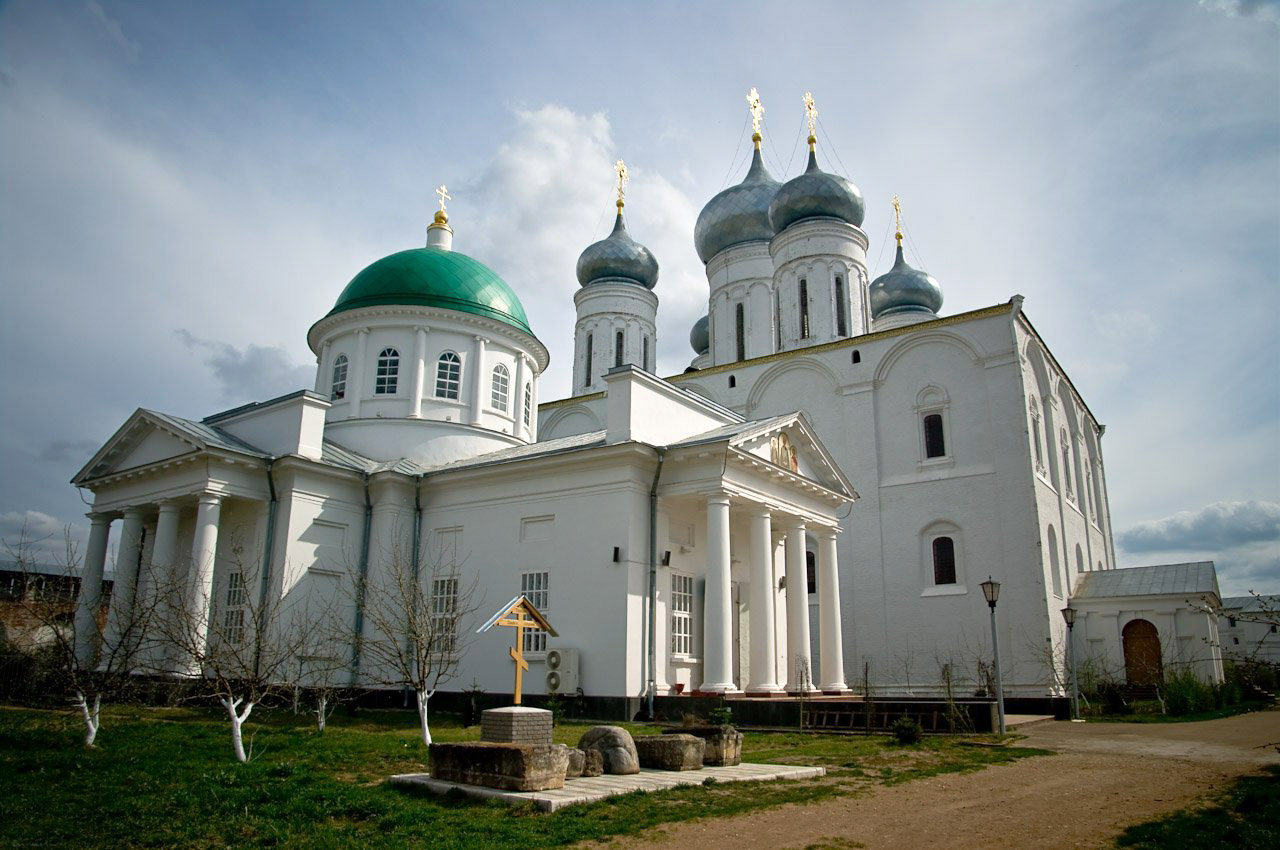 Троицкий Макарьев Желтоводский монастырь